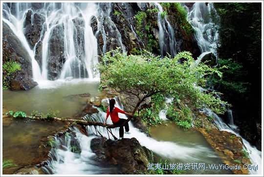 武夷山玉龙谷珍珠瀑