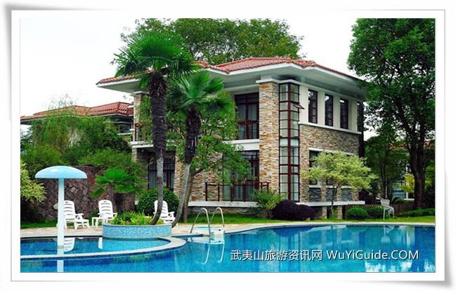 九龙湾度假酒店游泳池
